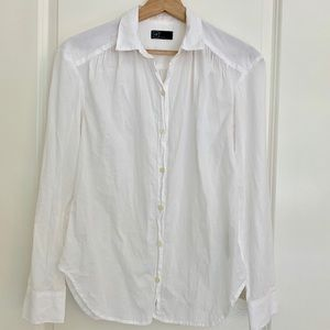Gap white button down shirt